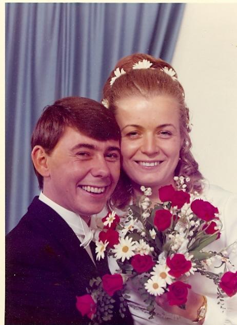 Brudeparet Inger Johanne Rønninng og Terje Rønning i 1972
