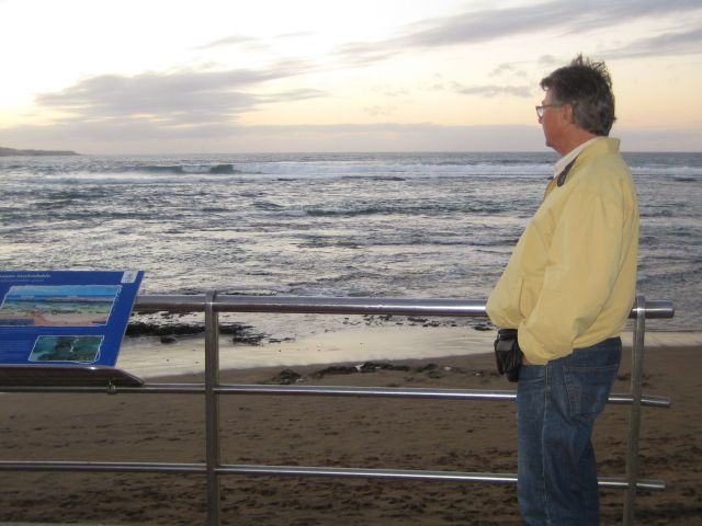 - ut mot havet - - -