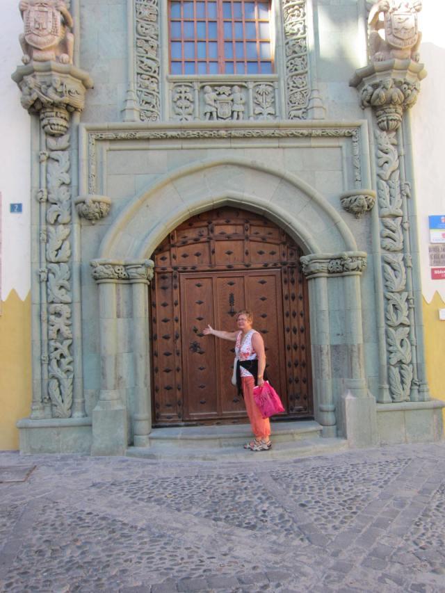 Her er døren til Casa Colón der Columbus etter sigende overnattet natten før en av reisene til Sør-Amerika.