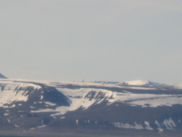 Svalsat tilhører Kongsberg Satellite Service og tar ned data blant for NASA. (foto Terje Rønning).