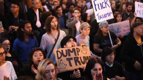 2016-11-10-amerikanere-demonstrerer-i-gatene-2