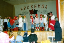 krokemoa-skole-teateroppsetning-med-sofia-11