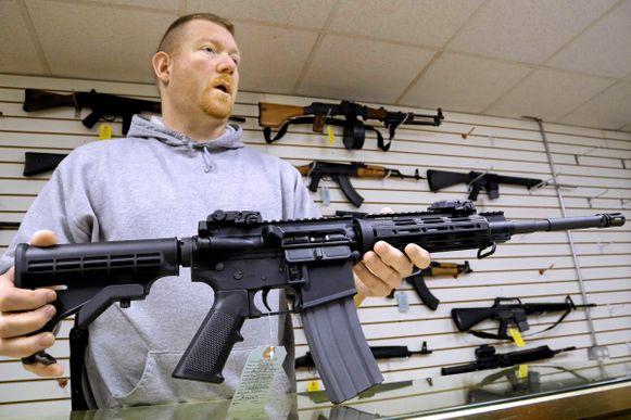 2019 09 13 - amerikanere og våpen
